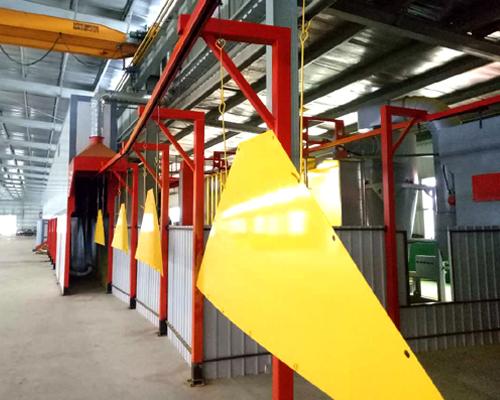 静电粉末喷涂自动化流水线生产工艺流程以及与静电喷漆设备的区别